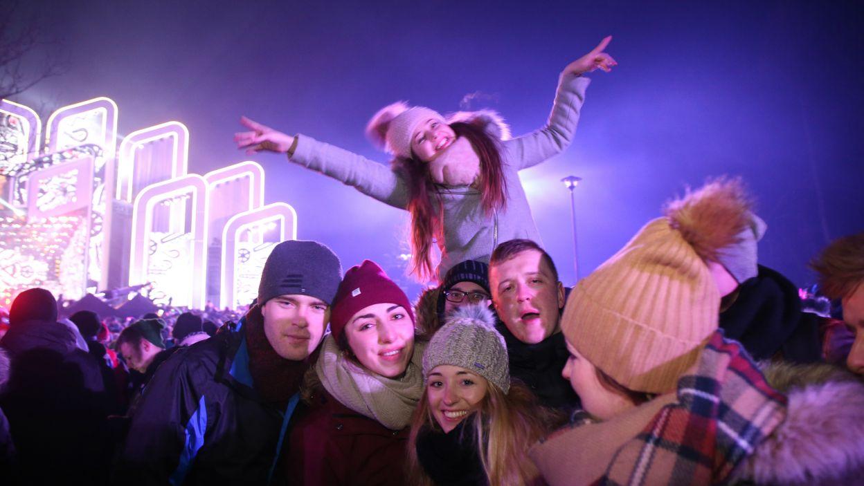 Na Sylwestrze z Dwójką bawiły się tysiące ludzi (fot. PAP/Grzegorz Momot)