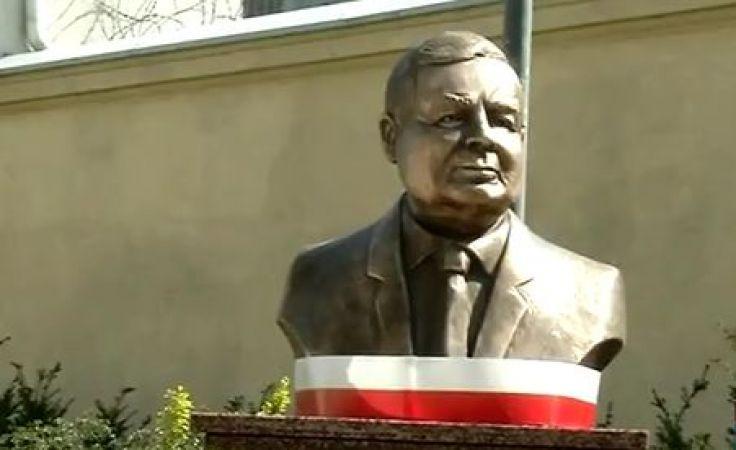 Lech Kaczyński ma popiersie w Grudziądzu