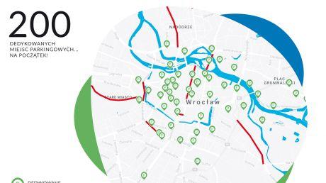 Mapa z miejscami parkingowymi i buspasami dla samochodów z wypożyczalni