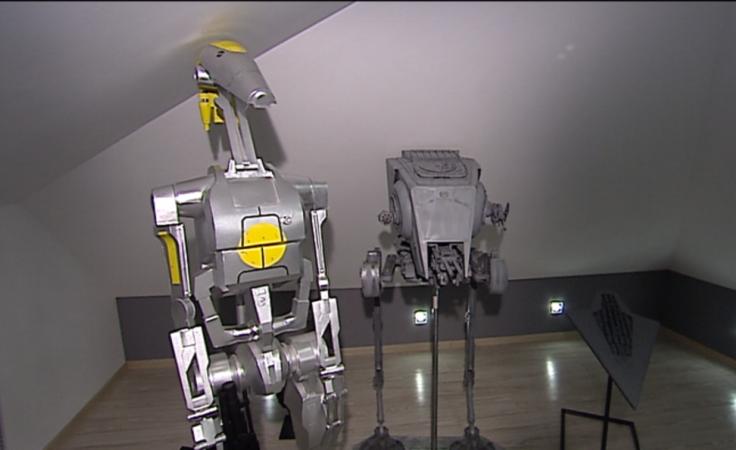 Niezwykła pasja - modele robotów z kartonu