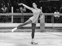 Amerykanka Peggy Fleming triumfowała w rywalizacji łyżwiarek figurowych (fot. Getty Images)