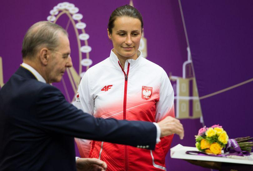 Polka oczekuje na dekorację (fot. PAP/EPA)