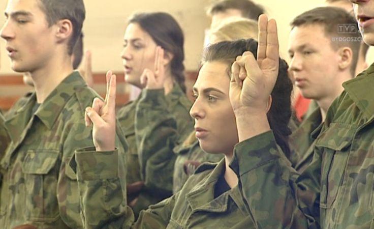 Przyszłość z armią wiąże coraz więcej młodzieży