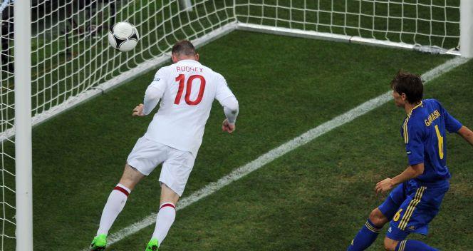 Rooney na początku drugiej połowy zdobył zwycięską bramkę dla Anglików (fot. Getty Images)