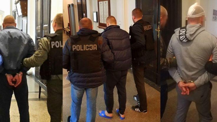 Trzej mężczyźni spędzą w areszcie co najmniej trzy miesiące