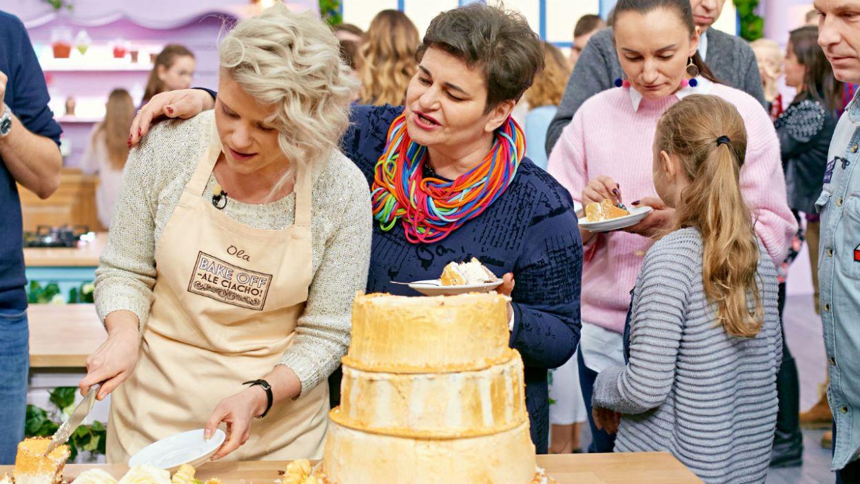 Jury się naradza, a w kuchni trwa impreza! Co słychać u pozostałych uczestników programu? (fot. TVP)