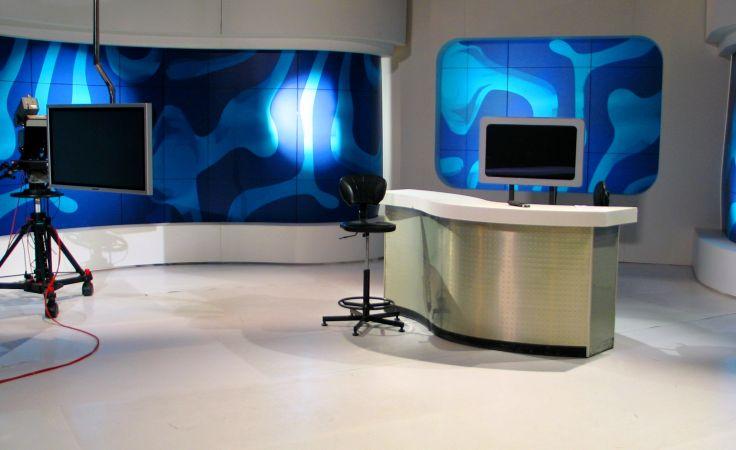 Studio S-2