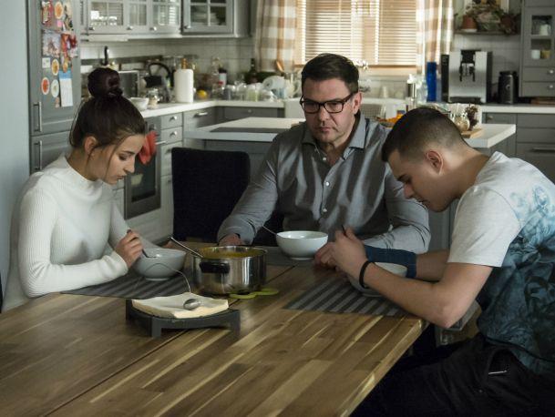 Bo zupa była za słona – scena z odc. 234