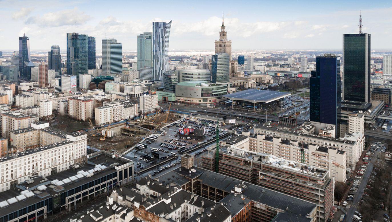 Widok Warszawy z drona (fot. Shutterstock/Inga Linder)