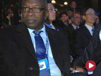 Działacz FIFA opuścił areszt... w ambulansie