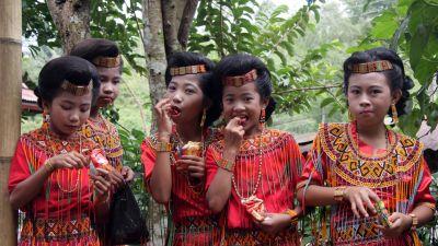 Ginące cywilizacje - Lud Toradża z Indonezji
