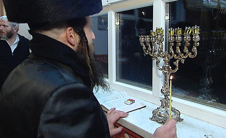 Chanuka w nowej synagodze w Dynowie
