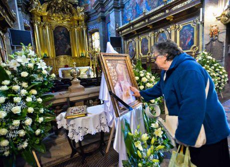Pierwszy dzień uroczystości pogrzebowych biskupa Kazimierza Ryczana 18.09.2017