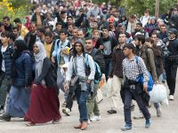 """""""To nie jest tak, że my nie widzimy obaw Polaków"""". Rząd w Sejmie o przygotowaniach do przyjęcia uchodźców"""