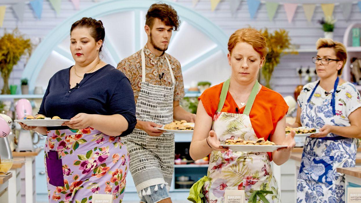 Czy uczestnicy poprawnie wykonali danie? (fot. TVP)