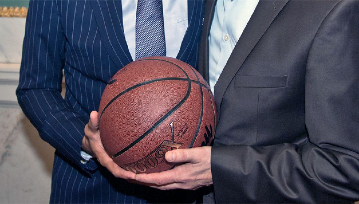 Sportowcy powinni co najmniej dwukrotnie przemyśleć decyzję o pójściu w politykę (fot. Flickr/PCC)