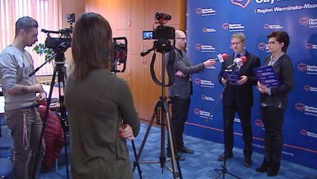 Posłanka Anna Wasilewska i Janusz Cichoń podczas konferencji