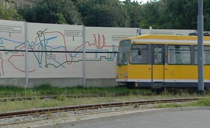 Mural przedstawiający ważne wydarzenia w historii miasta