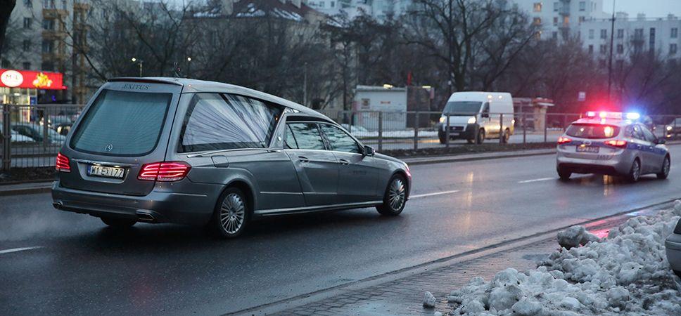 W czwartek okazało się, że w grobie Piotra Nurowskiego najprawdopodobniej nie pochowano jego ciała (fot.PAP/Tomasz Gzell)