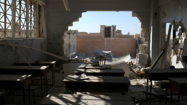 Zniszczone zostały dwie szkoły (fot. Reuters Pictures/Ammar Abdullah)