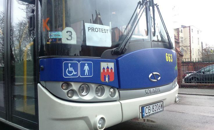 Autobusy MZK jeżdżą po Bydgoszczy z kartką