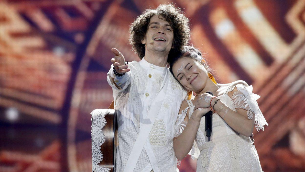 Białoruski duet Naviband śpiewał w ojczystym języku. Taki wybór przyniósł im 17. miejsce w finale (fot.  EPA/SERGEY DOLZHENKO)
