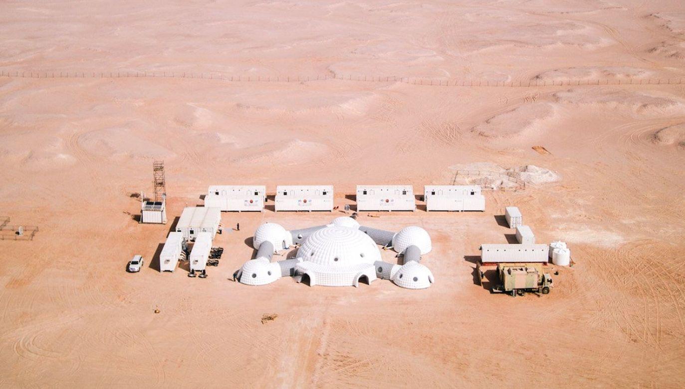 Przygotowanie marsjańskiego eksperymentu kosztowało prawie pół miliona euro (fot. tt/@Austr. Space Forum)