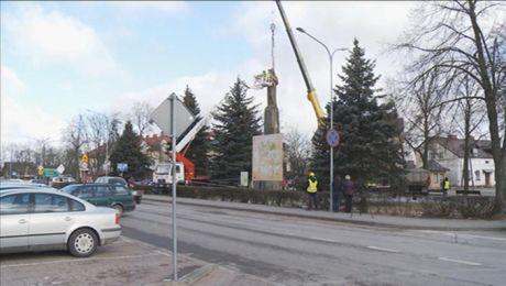 PRL-owski pomnik został usunięty z centrum Sejn