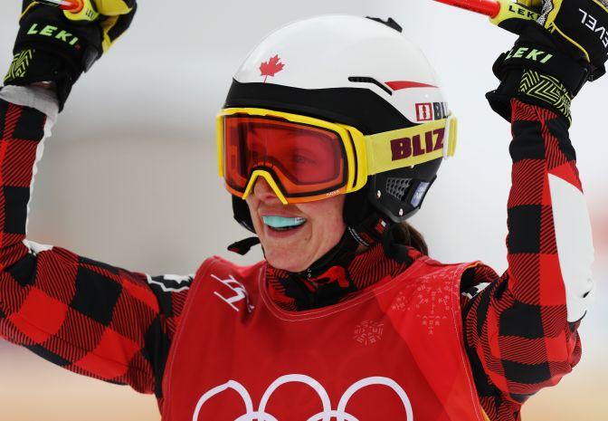 Dublet Kanadyjek! Serwa ze złotem w skicrossie [wideo]