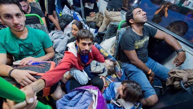 Przygotowania do przyjęcia 2 tys. imigrantów.  Zebrał się Rządowy Zespół Zarządzania Kryzysowego