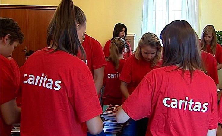 Wspierają chorych, pomagają starszym - wolontariusze zmieniają świat
