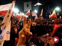 Zarzut dla następnego uczestnika manifestacji przed Sejmem