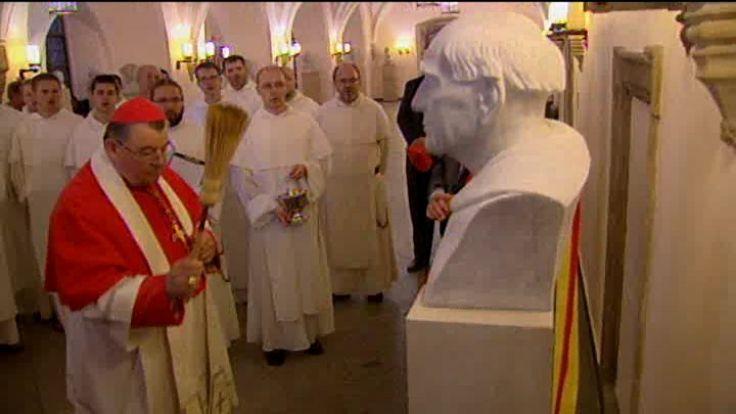Poświęcenie popiersia błogosławionego Czesława przez prymasa Czech abpa Dominika Dukę
