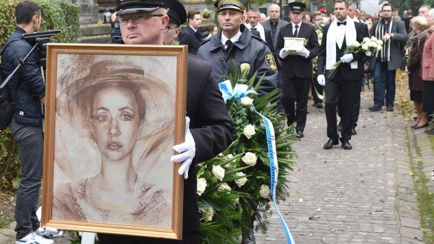 Uroczystości pogrzebowe Anny Szałapak na Cmentarzu Rakowickim w Krakowie (fot. PAP/Jacek Bednarczyk)