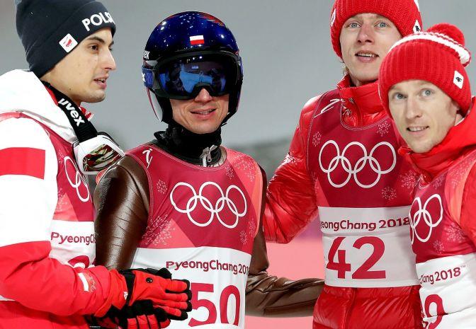 Poniedziałek w Pjongczangu: łyżwiarstwo figurowe, skoki narciarskie, łyżwiarstwo szybkie, hokej, bobsleje... [transmisja]