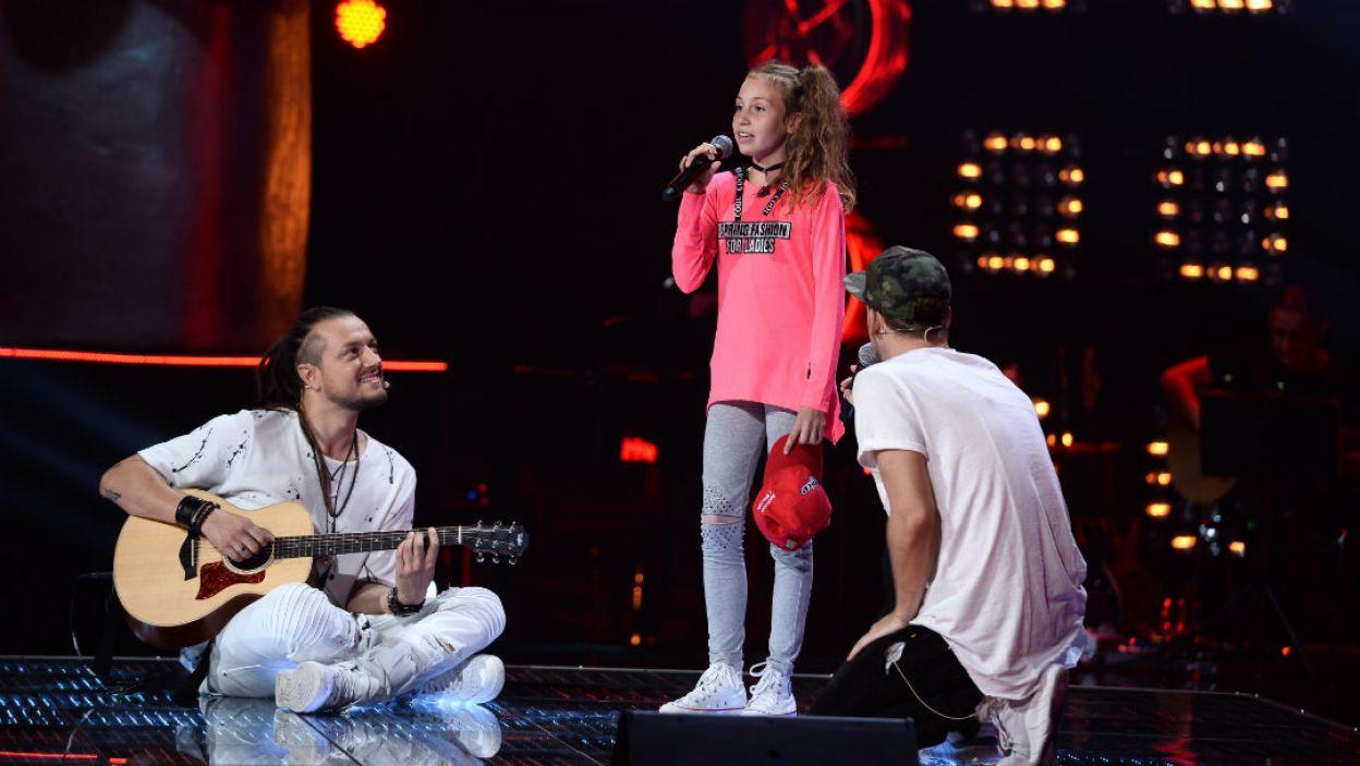 Ola Brzuszkiewicz marzy, by występować na scenie jako piosenkarka i aktorka. Jedno z tych marzeń już teraz może się spełnić, który z Trenerów da Oli szansę? (fot. I. Sobieszczuk/TVP)