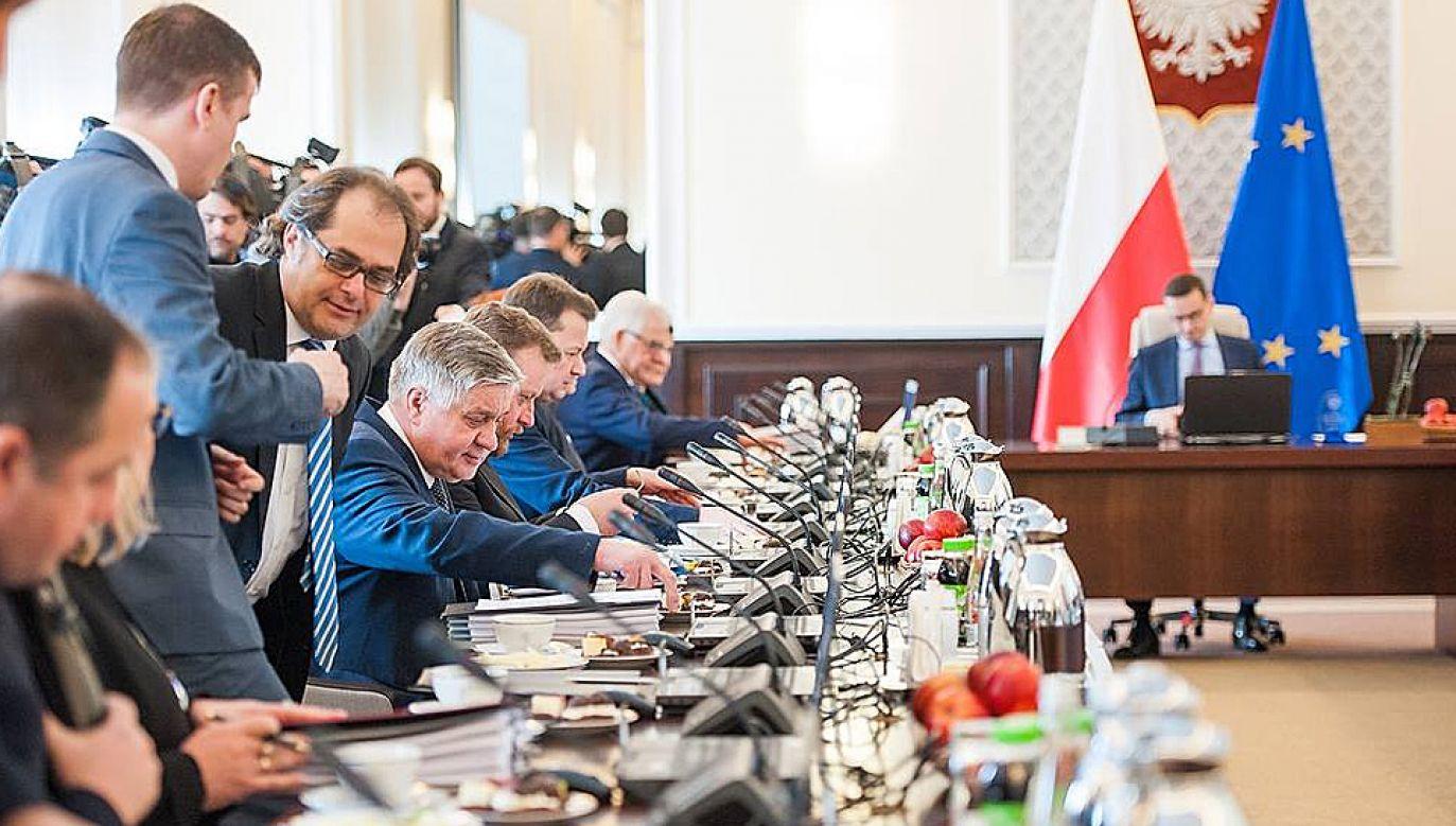 Ministrowie mogli sami zdecydować co zrobią z premiami (fot. KPRM)