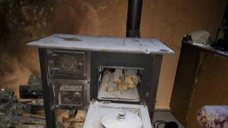 Chcieli rozpalić benzyną w piecu i wywołali pożar
