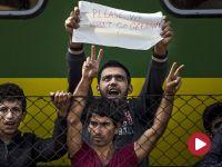 300 uchodźców uciekło z obozu na Węgrzech. Ci z dworca Keleti pieszo ruszają na Wiedeń