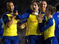 Szczęsny puścił dwa gole, ale Arsenal gra dalej