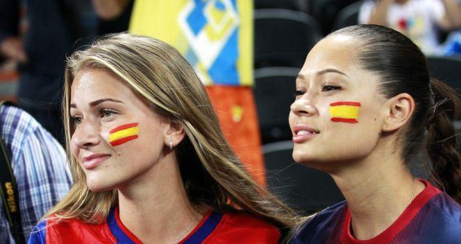 Fanki z Katalonii? (fot. PAP/EPA)