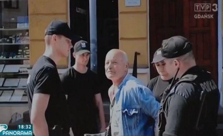 Policjanci skuli kajdankami niepełnosprawnego 70-latka