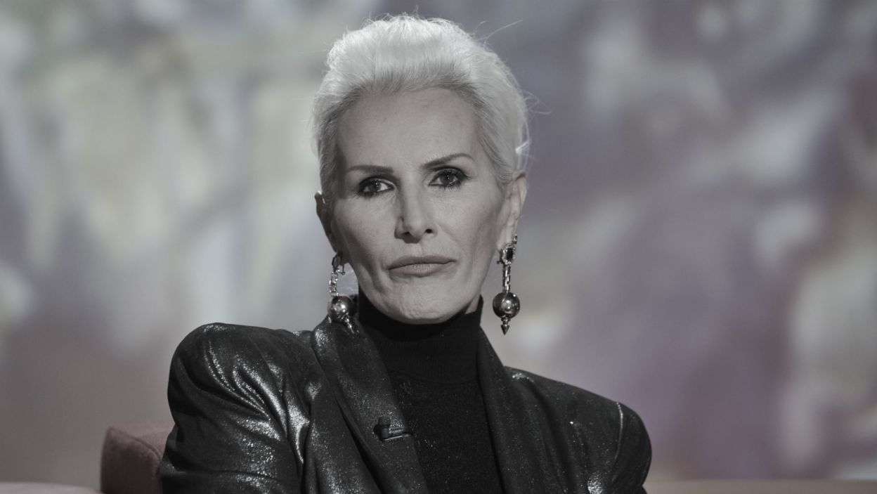 """W lipcu Polacy pożegnali Korę, niezwykłą wokalistkę i autorkę tekstów do takich piosenek jak """"Boskie Buenos"""", """"Cykady na Cykladach"""", """"Kocham cię, kochanie moje"""" (fot. TVP)"""