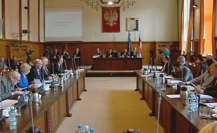 Elbląscy radni zdecydowali, że miasto po raz kolejny wyemituje obligacje.