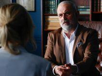Marek przekonuje Joannę, że nie powinna uciekać od spotkania z matką (fot. A. Grochowska)