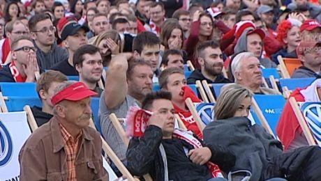 Kibice zawiedzeni po porażce polskich piłkarzy na Mundialu