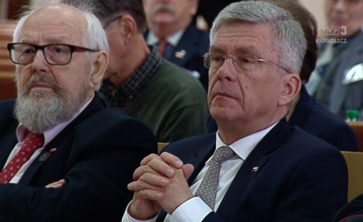 Polonusi debatują o odpowiedzialności za kraj