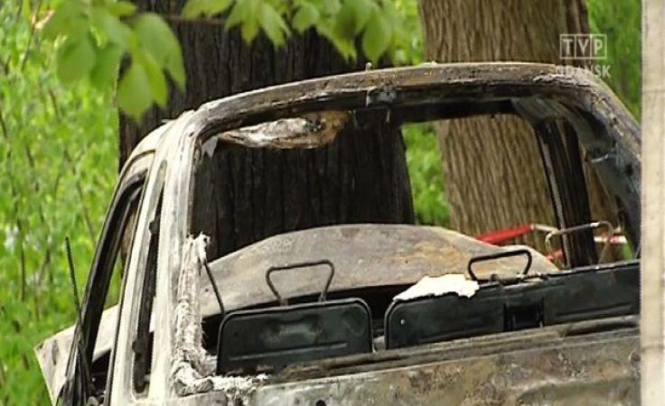 Kierowca spłonął w aucie koło Gniewina