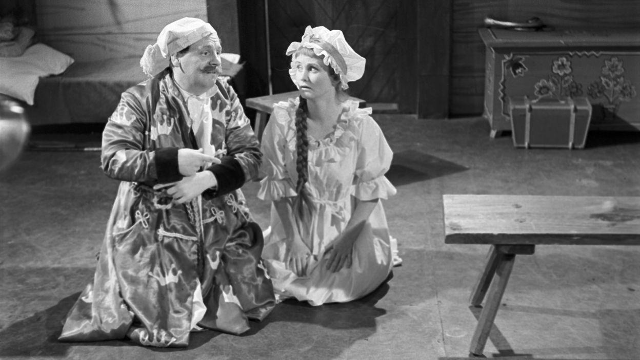 """Na deskach Teatru Telewizji Barbara Krafftówna zadebiutowała w 1958 roku, w sztuce """"Nowy Don Kiszot"""". Był to jeden z pierwszych spektakli wyemitowanych w raczkującej jeszcze telewizji polskiej (fot.TVP)"""