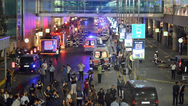 W zamachu zginęło ponad 30 osób (fot. PAP/EPA/IHLAS NEWS AGENCY)